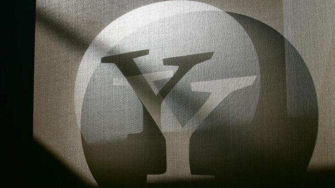 YAHOOlogoGray