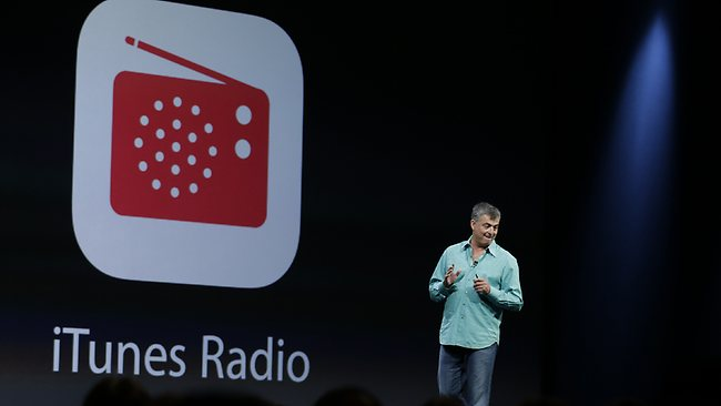560708-apple-itunes-radio