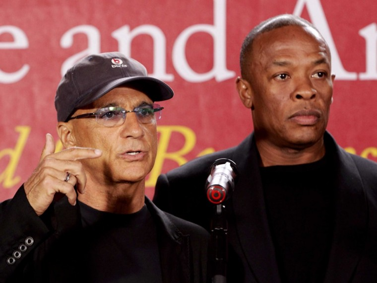 dr-dre-and-jimmy-iovine-at-usc-70-million-donation