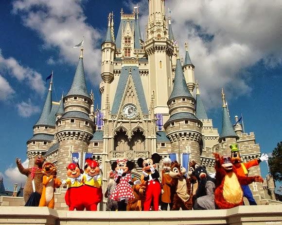 Disneyland California  (2)
