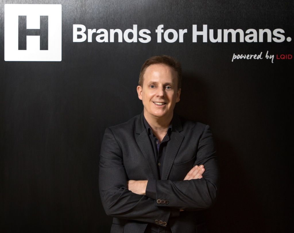 นายโรเบิร์ต ฮอลล์ กรรมการผู้จัดการ บริษัทBrands for Humans